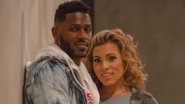 Antonio Brown Accuses Ex of Trying to Steal His Bentley
