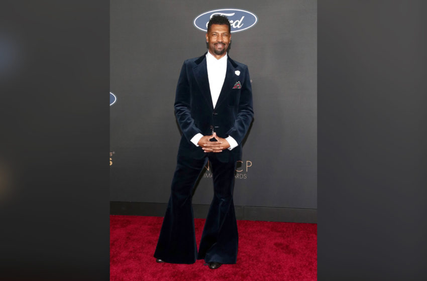 Deon Cole Addresses The Hate He's Been Receiving Over Bell Bottom Suit