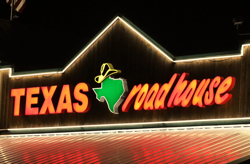 Texas Roadhouse CEO Gives Up Salary To Pay Front-Line Employees During Coronavirus Crisis