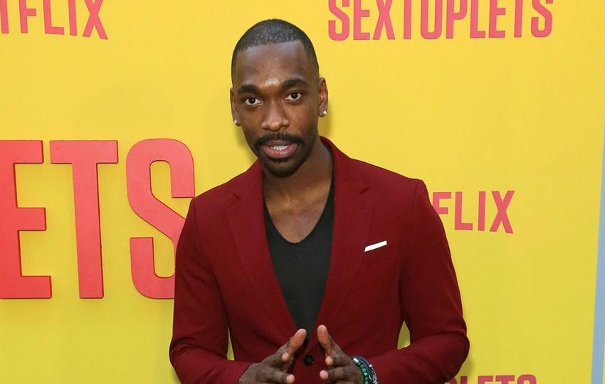 """SNL"" Alum Jay Pharoah Says LAPD Cops Put Knee on His Neck, Shares Footage"