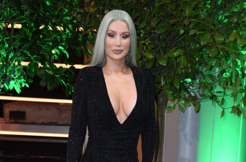 Iggy Azalea Calls Out Streaming Companies For Payola Again, After Rolling Stone Article Touches On It