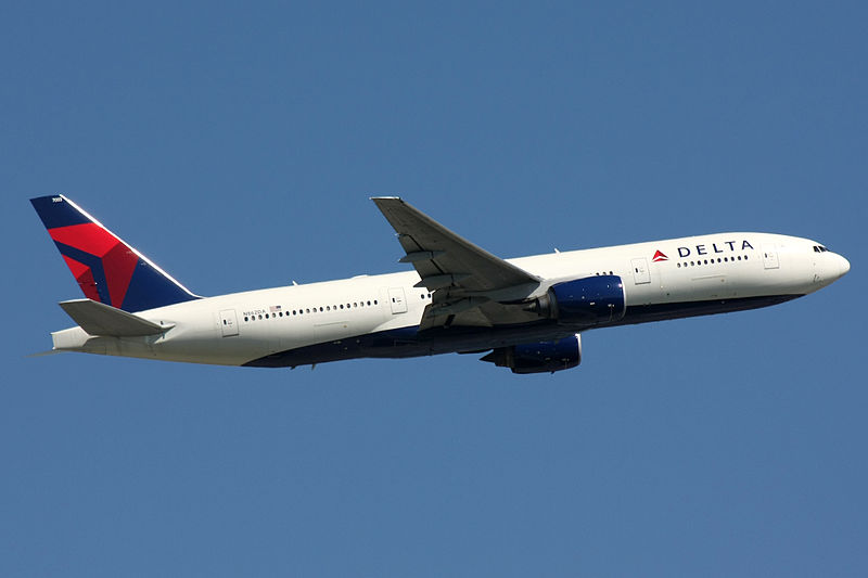 Delta Airlines Flight Diverted After Deranged Passenger Attempts To Breach Cockpit